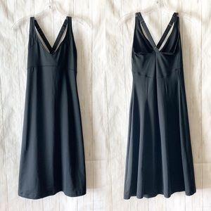 Columbia Omni Wick Solid Black Sport Dress Small